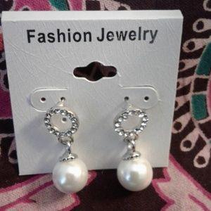 Pearl like Drop earrings